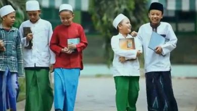 Photo of Pesantren, Masa Depan Pendidikan Indonesia